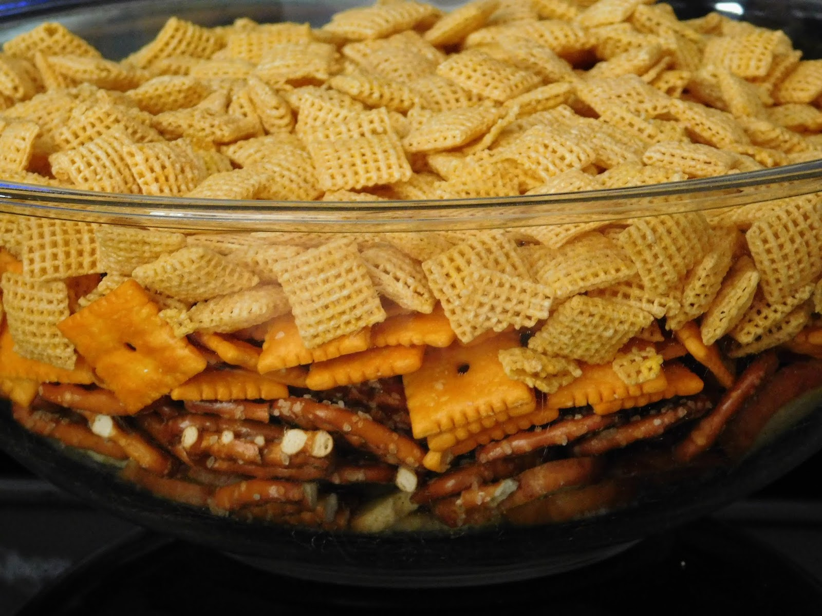 July Pinterest Challenge-- Cheesy Ranch Chex mix