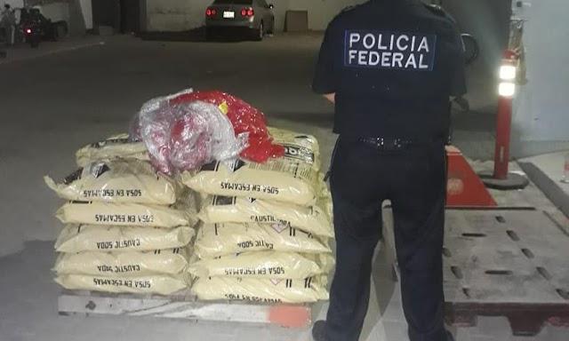 POLICÍA FEDERAL Y SEDENA ASEGURAN MÁS DE 300 KILOS DE DROGAS Y 200 LITROS DE METANFETAMINA LÍQUIDA EN BAJA CALIFORNIA