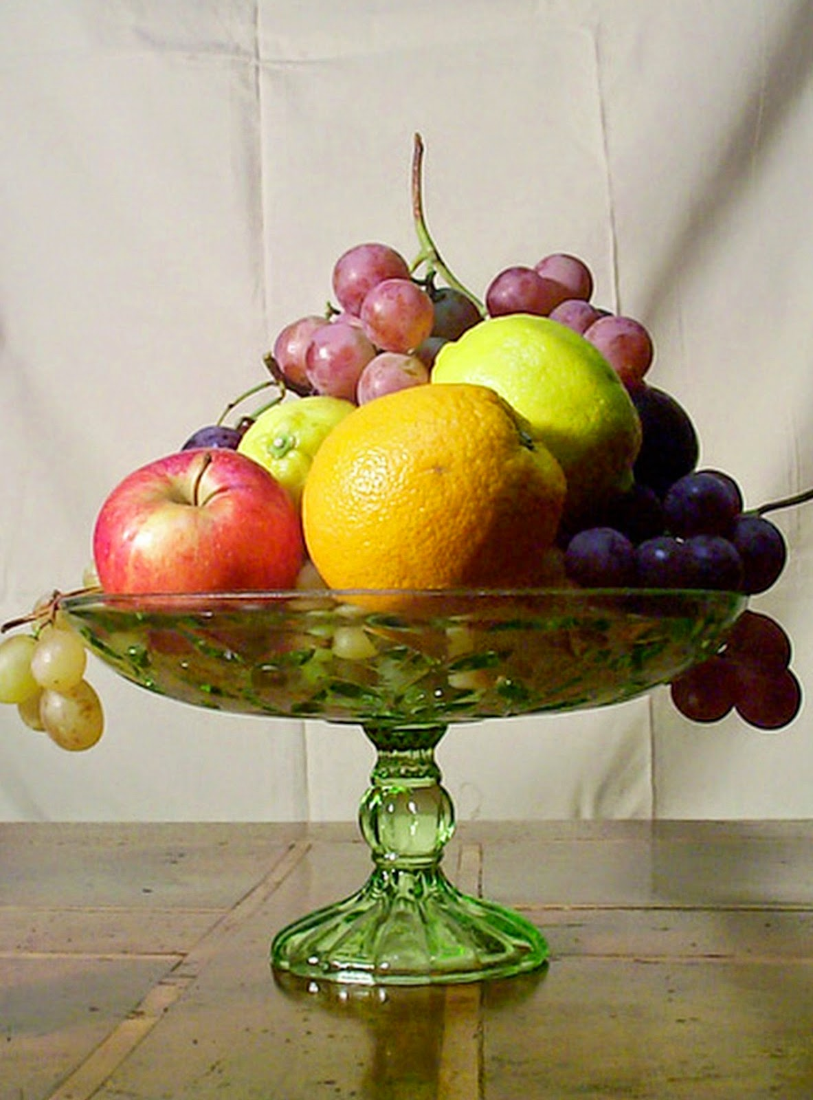 Harvest Centerpieces With Fruits And Leaves