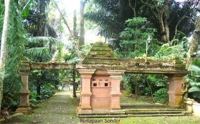 Tempat Wisata Pertapaan Ratu Kalinyamat Jepara