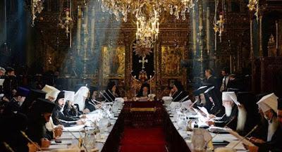 Порошенко предложил создать единую украинскую церковь