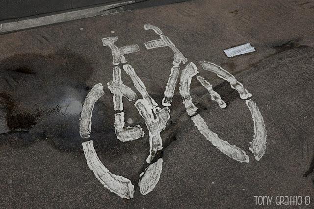 Segnaletica orizzontale per pista ciclabile