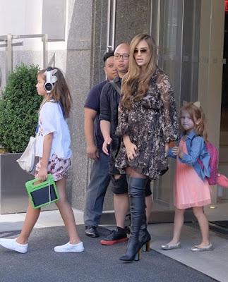 جيسيكا ألبا في أول ظهور لها بعد إعلان حملها بطفلها الثالث