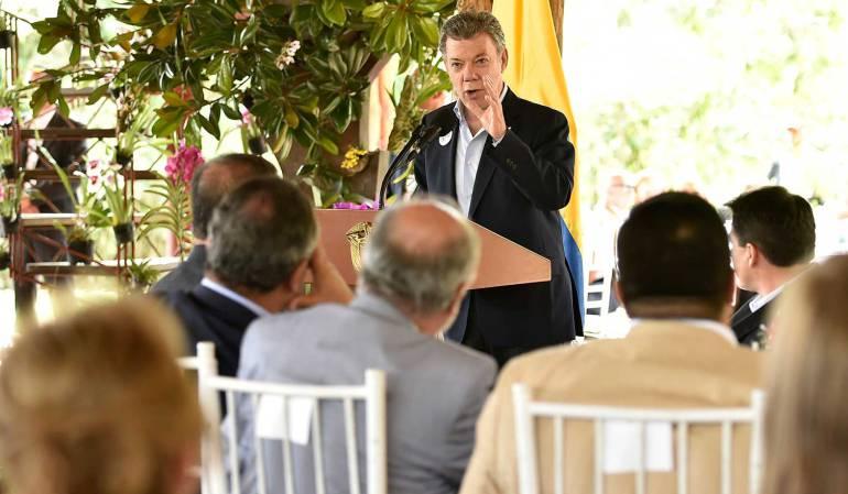 Mañana a Cuba por acuerdo sobre fin del conflicto presidente @JuanManSantos
