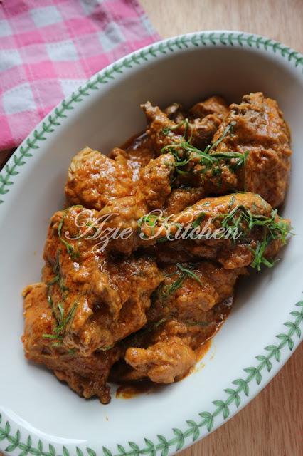 Rendang Ayam Untuk Hidangan Berbuka