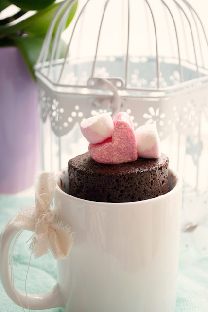 MUG CAKE DE CHOCOLATE Y AVELLANA ITALIANA