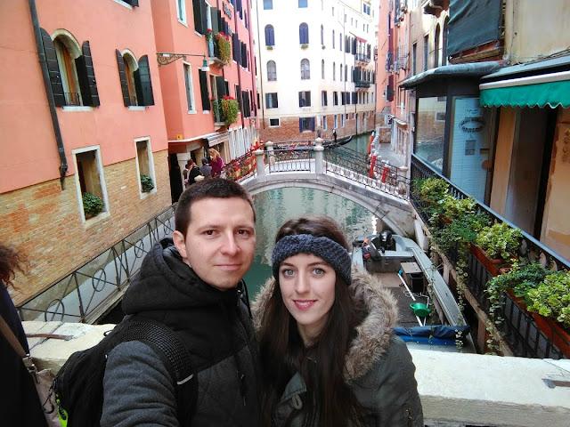 italy, italija, venice, venecija, trip, journey, europe, travel, traveling, izlet, potočki promet, autobus, put, putovanje, boat, brod, sea, more, couple, par, godišnjica veze, gift, san marco