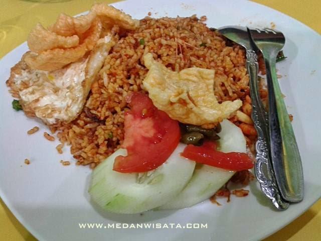 Cafe Durian Maidanii Medan