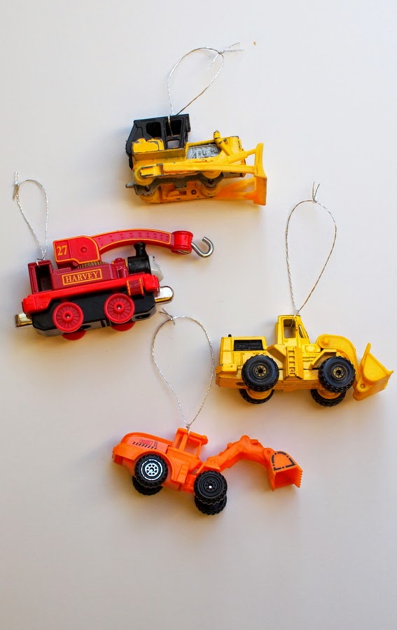 Easy DIY toy Car Ornaments- Turn toy cars into ornaments