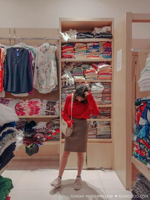 gaya-ootd-fashion-imlek-mangga-dua-square