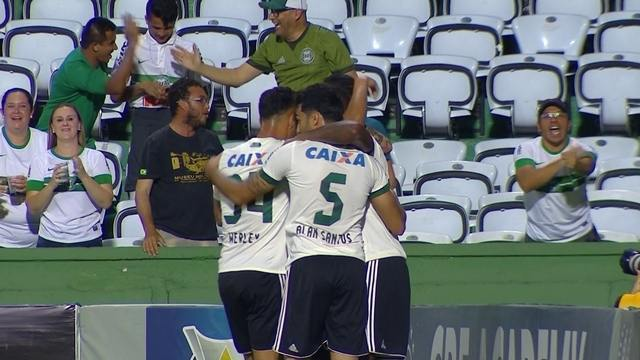 แทงบอล ไฮไลท์ เหตุการณ์สำคัญในการแข่งขันระหว่าง Coritiba Vs Flamengo