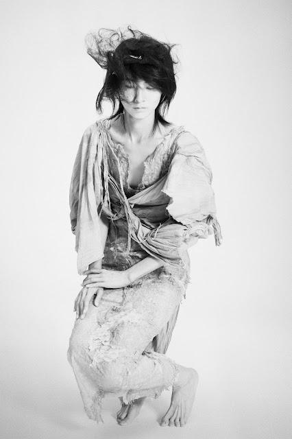 araki-shiro-costume-mikio-hasui-1