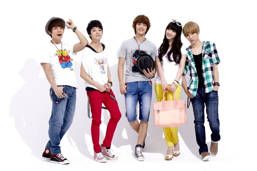 Happiness is not equal for everyone: Shinee & f(x ...