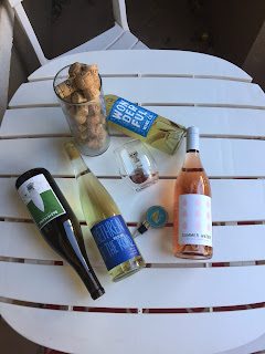 Winc wine subscription review. How I get 4 bottles of wine delivered each month. Why Winc wine Wednesdays are the perfect broke date night   brazenandbrunette.coW