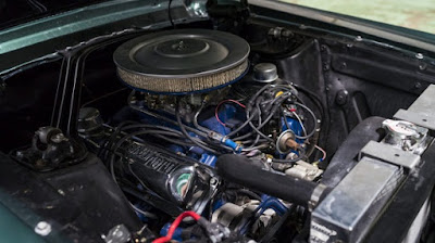 1968 Green Mustang Bullit Fastback Engine 01