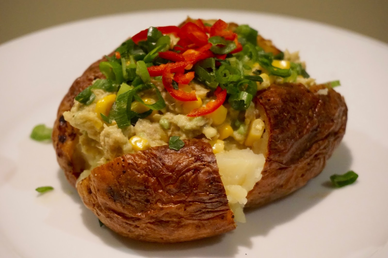 No Mayonnaise Fast Quick Oven Baked Jacket Potato With Avocado And