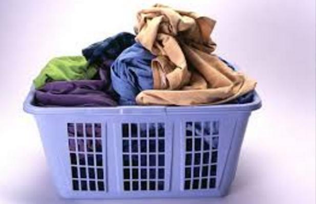 i keranjang untuk pakaian kotor