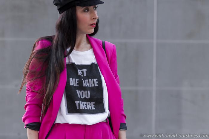 consejos Influencer Blogger como combinar Traje chaqueta con zapatillas deportivas