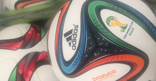 Venda de 25 bolas Adidas -Official match ball fifa world cup 2014 size 5, fifa quality 202w85.