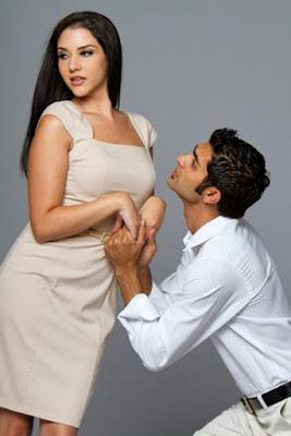 حاجاتك العاطفية هي التي تدفعك للتوسل النساء