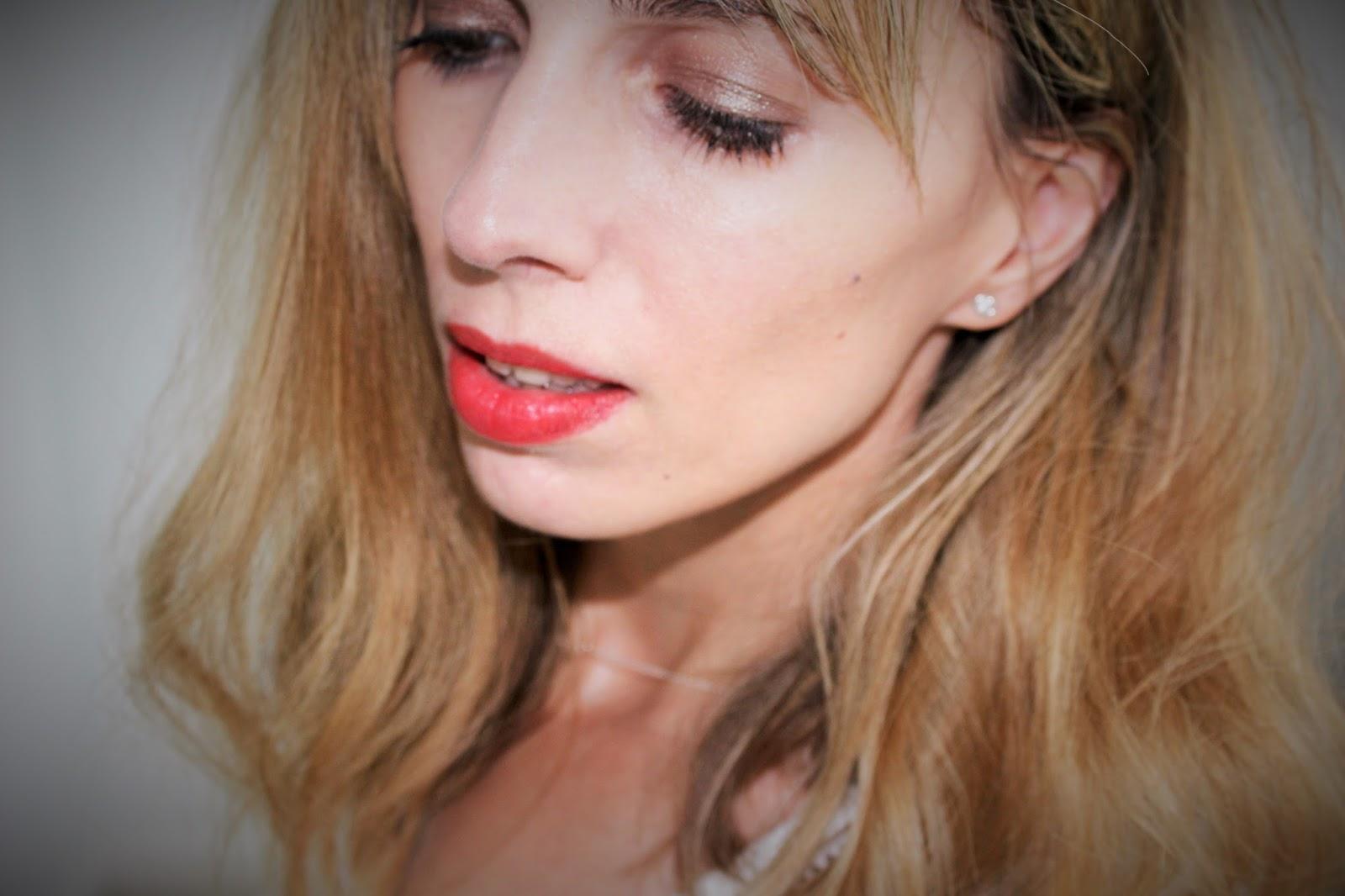 Bourjois Rouge Edition Souffle de Velvet Liquid Lipsticks 5 - 03 VIPeach