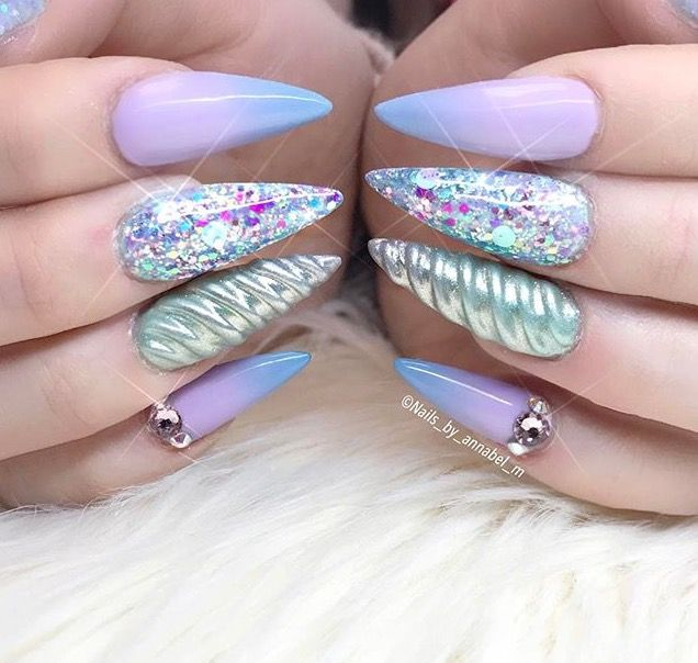 Unicorn Tipped Nail Art: The Coolest Unicorn Musthaves!