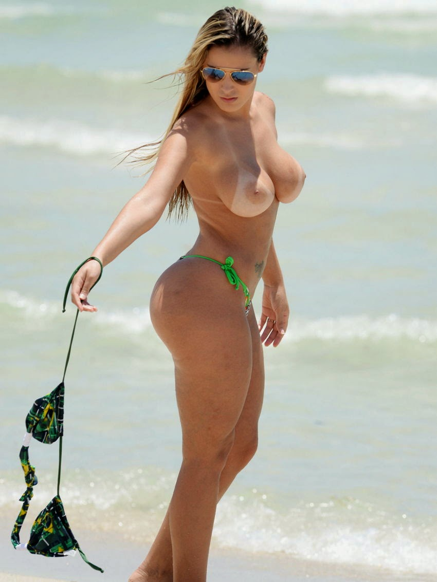 andressa urach naked