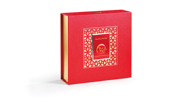 Bánh trung thu Kinh Đô Trăng Vàng Hồng Ngọc Đỏ