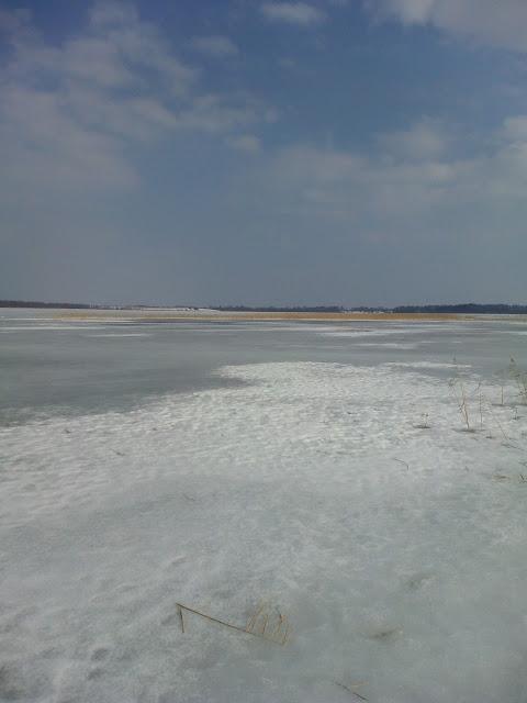озеро Полозерье зимой
