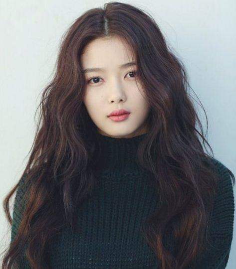 7 Fakta Kim Yoo Jung, Si Artis Cilik yang Makin Cantik