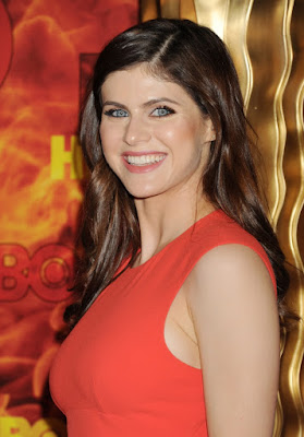 Alexandra Daddario Beautiful Hollywood Actress HD Wallpaper 003,Alexandra Daddario HD Wallpaper