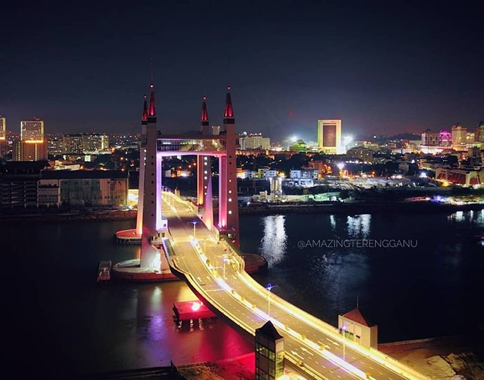 jambatan angkat Terengganu malam