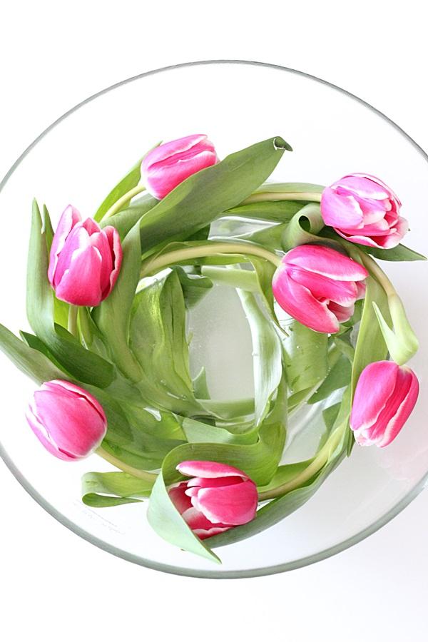 kukka tulppaanit kukkapyörre pinkki tulips details
