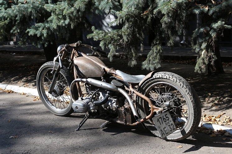 a nice board tracker in rat style built from a Ural motorcycle