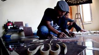 Ramadan, Perajin Kaligrafi Bambu Ini Kebanjiran Order