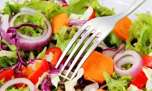 Miliki Kulit Cantik nan Sehat Dengan Cara Konsumsi Makanan Mentah