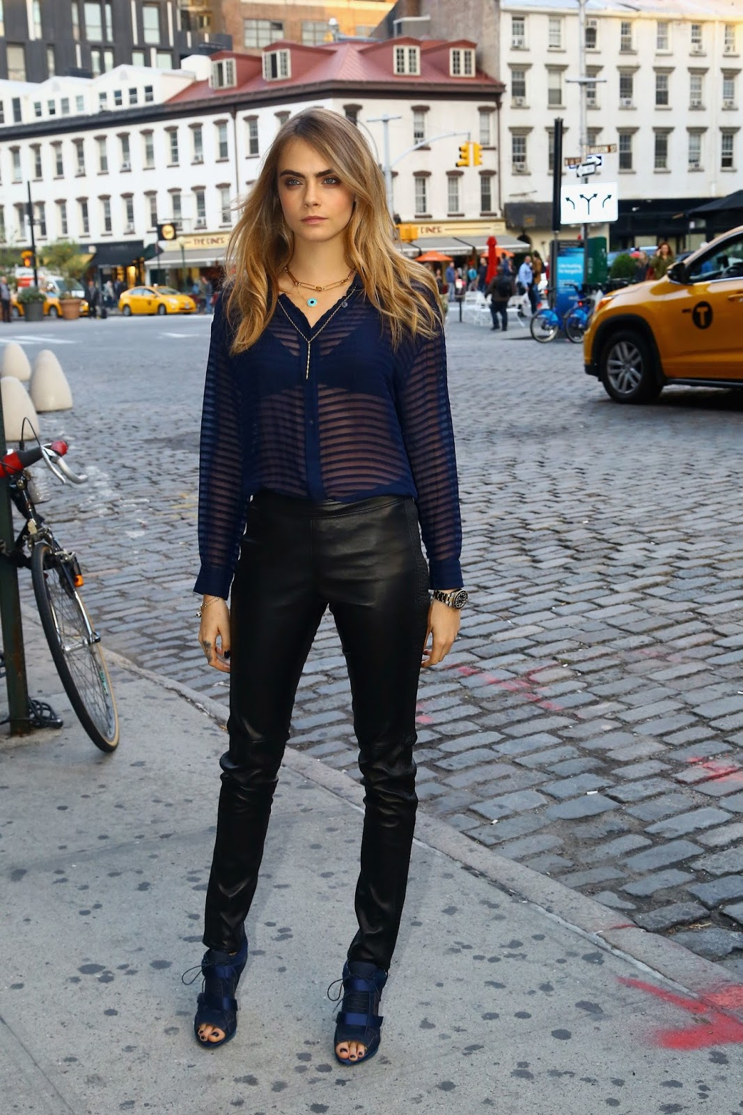 Leather Pants: Learn How To Wear This Versatile Piece!