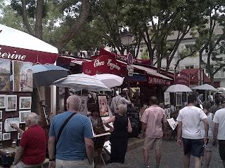 Montmartre Les échoppes des aquarellistes et portraitistes, place du Tertre.