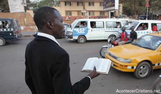 Cristiano perseguido en Uganda continuará predicando