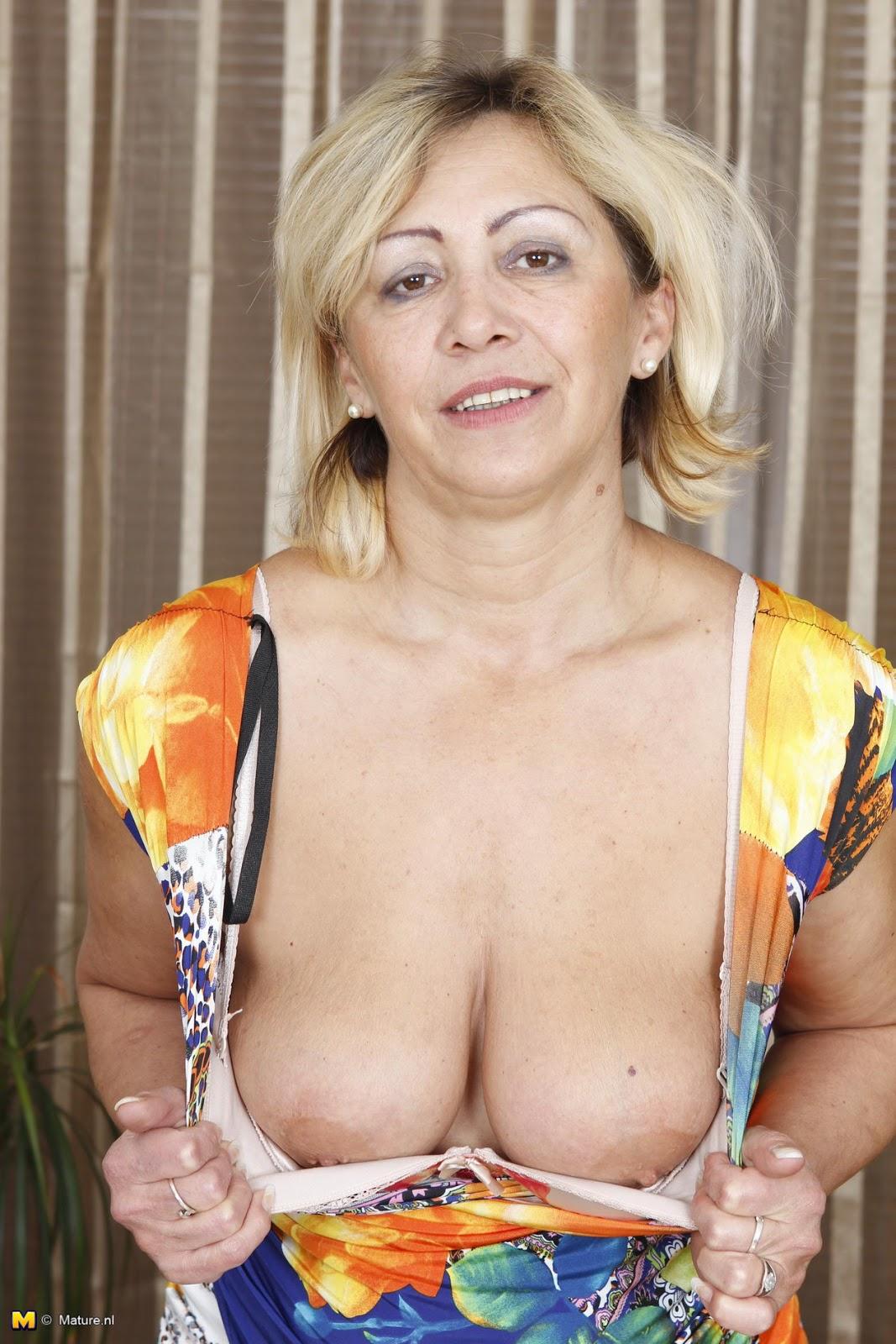 Matures Nipples 48
