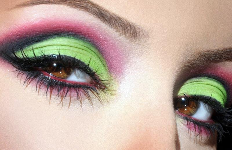 Stylish And Crazy Party Wear Eye Makeup