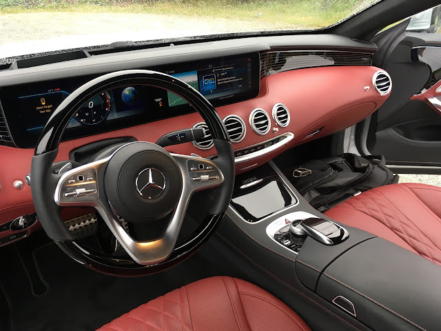 Interior view of 2018 Mercedes-Benz S560 Cabriolet
