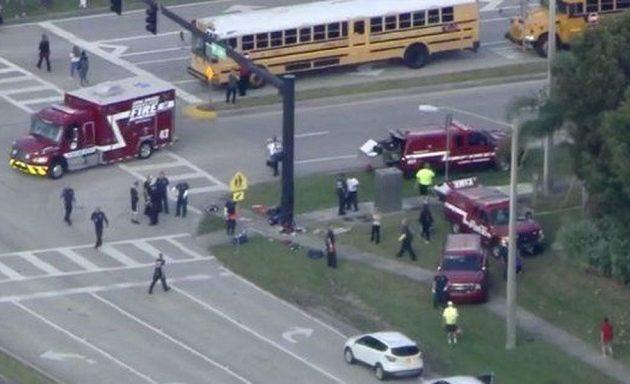 Φλόριντα: Ένοπλος άνοιξε πυρ σε σχολείο – Ένας νεκρός, δεκάδες οι τραυματίες (βίντεο)