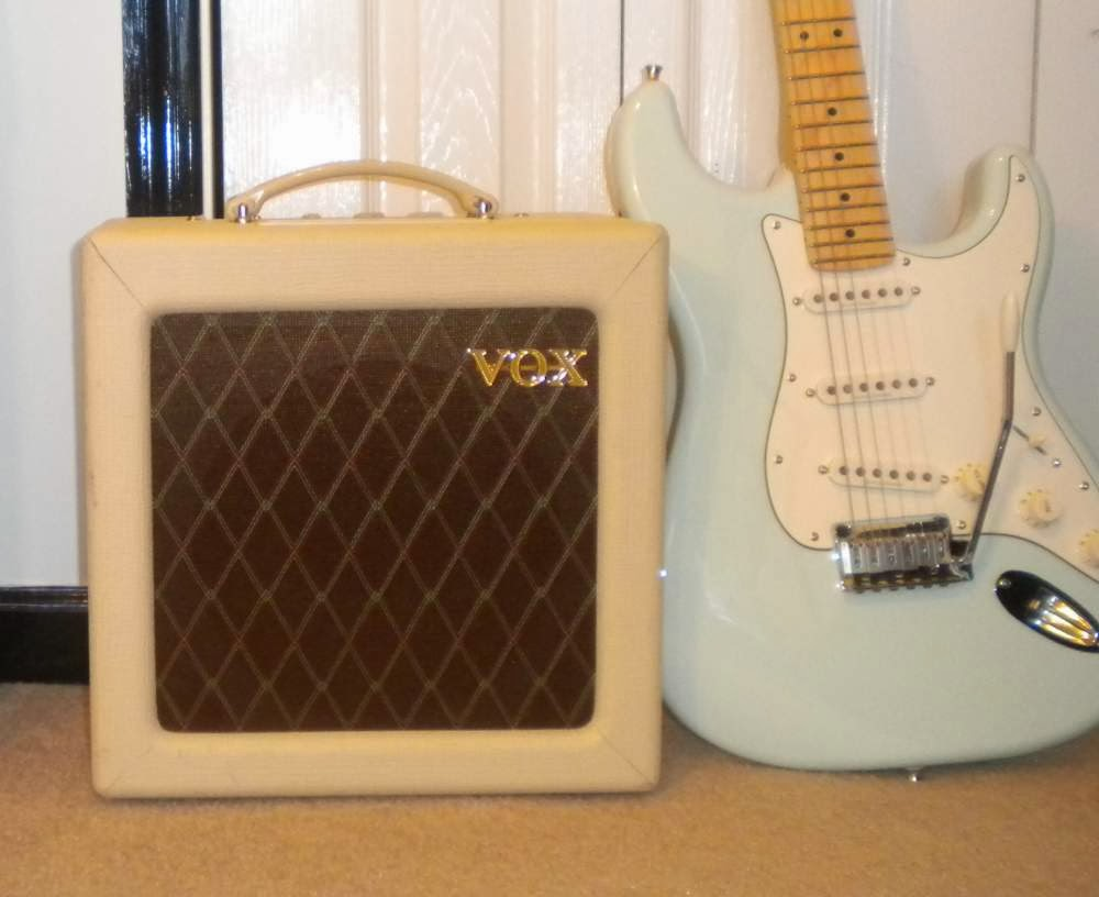 Budget Gear For The Working Musician Product Review Vox Ac4tv Simple High Quality Tube Amplifier Class A Is 4 Watt Amp With 12ax7 Preamp And An El84 Output Driving Honest To God Celestion 10 Speaker