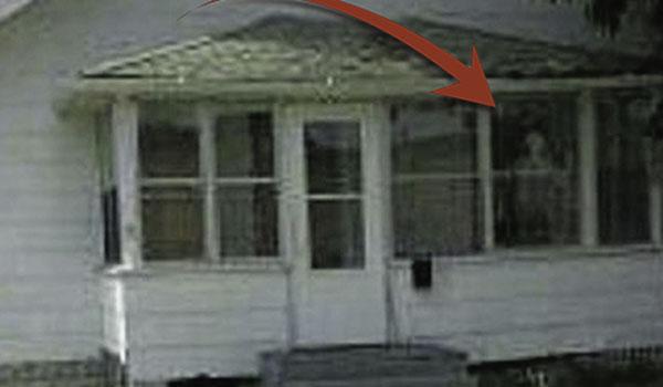 Το σπίτι του τρόμου ... με τις παράξενες ιστορίες