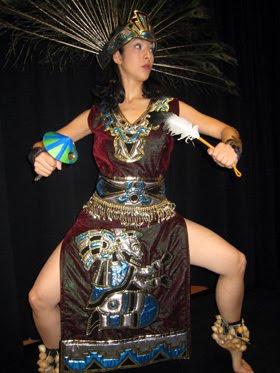 5353997806 Entre las danzas que han conservado algunos de sus detalles más marcados de  sus origen prehispánico se encuentra la danza llamada