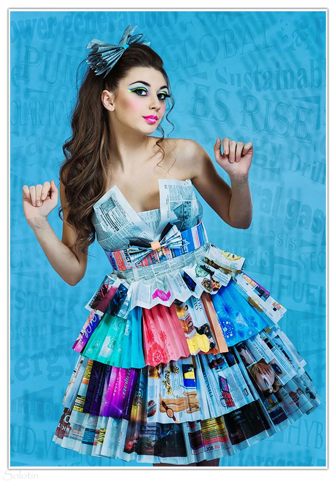 фотосессия в платье из газет