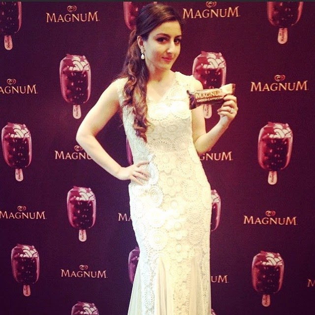 soha so beautiful 😩💖💖💖💖 soha ali khan ,, Soha Ali Khan Latest Hot Pics From Magnum Events