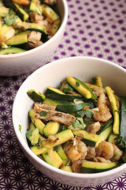 courgette au wok crevettes