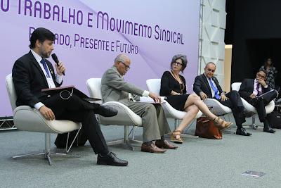 Especialistas rechaçam reforma trabalhista em seminário do MPT
